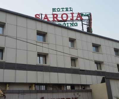 Hotel Saroja Palace Lodging & Bording,Mumbai